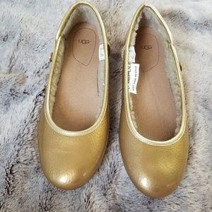 NWT Ugg Fur Lined Ballet Flat Moccasin Gold